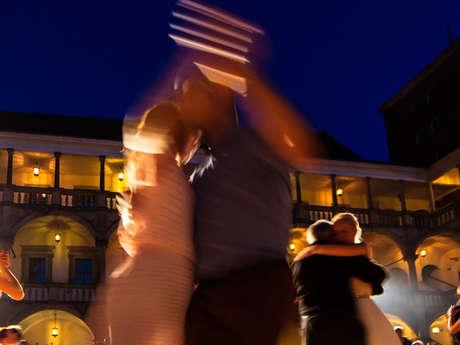Cours de danse de salon pour ados et adultes