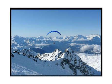 Paragliding with Gravité0