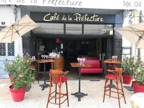 Le café de la Préfecture