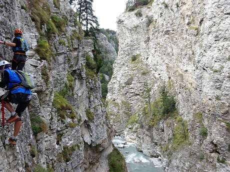 Via ferrata and unusual routes