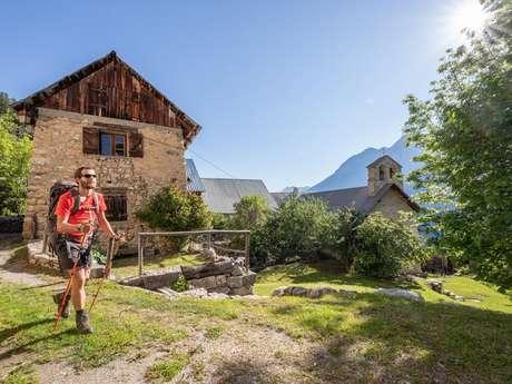 Itinérance à pied en Vallouise accompagnée par Visa Trekking
