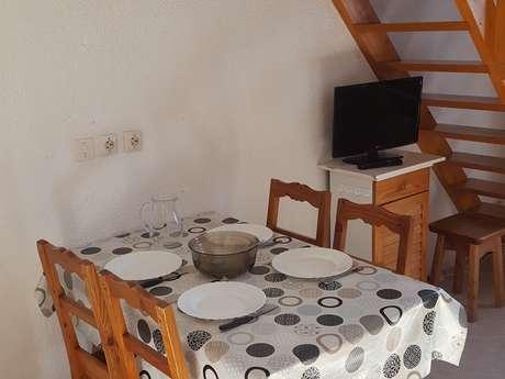 Setives - 2 rooms 4 people ** - SET683