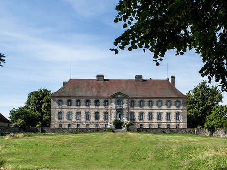 Le Château de Sainte-Feyre /!\ FERME/!\