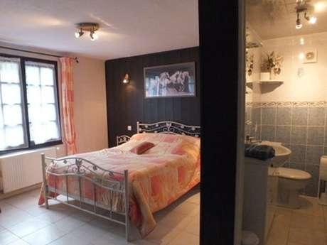 Chambre d'hôtes Mme CHEZEAU - Florent
