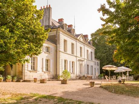 Le Petit Trianon de St Ustre
