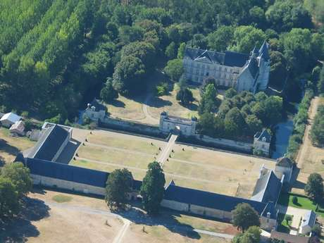 Château de Scorbé-Clairvaux