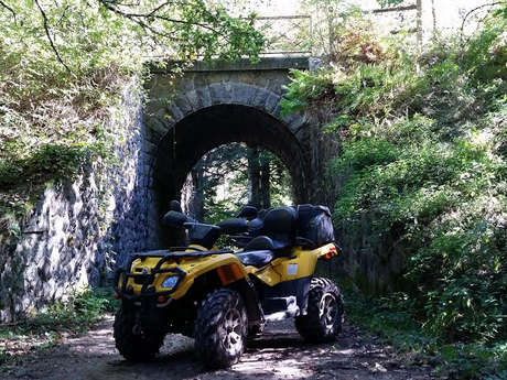 Initiation and quad or motorbike hike
