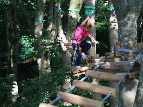 Grimpe et Cimes - Parcours Acrobatique - Quick Jump