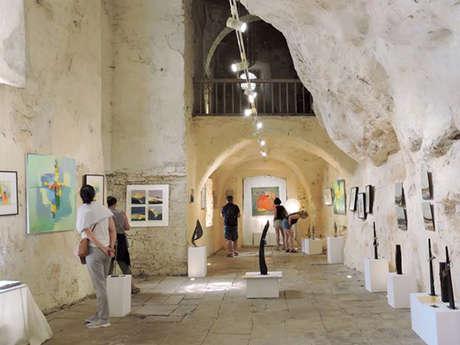 Exposition église troglodytique de Peyre