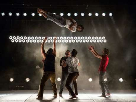 Théâtre des deux points : Somos - cirque