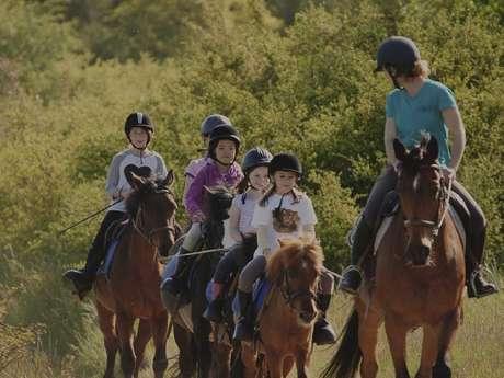 Equitation : Stage multi-activités