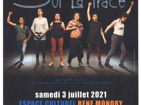 """""""Sur la place"""" des Goules Poly"""