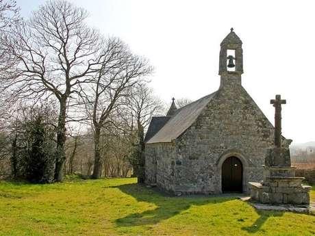 Chapelle, fontaine et croix de la Trinité