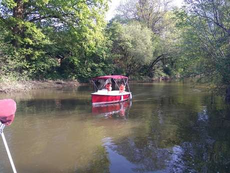 Echappée Fluviale SAS - Location de bateaux électriques