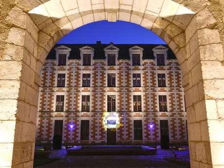 Promenade nocturne aux lanternes à Vendôme