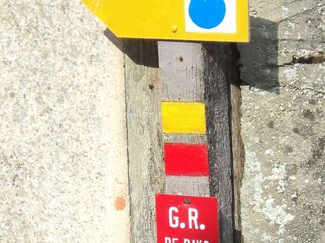 BOUCLE DE LA GROTTE (N°2)