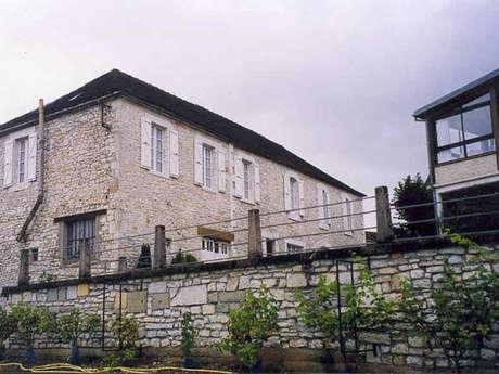 Hôtel Restaurant Auberge des 7 Tours