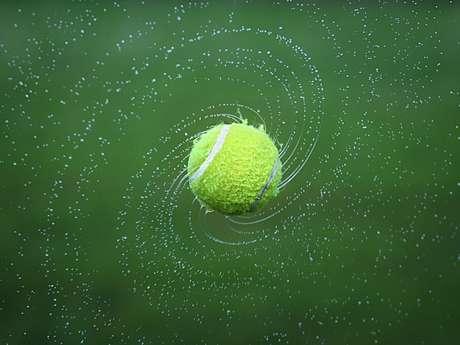 Tournoi de tennis jeune