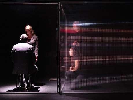 Spectacle au Théâtre de l'Archipel : Breaking the news d'Alexandra Badea / Cie Les Nuits Vertes