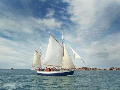 Balade nautique à Chausey avec le Charles-Marie