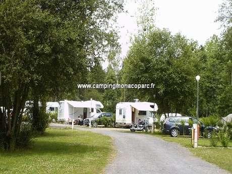 Aire de services intérieur - Camping le Monaco Parc