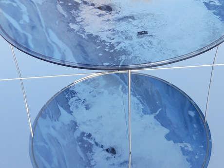 Installation, par Benoit Delomez: Un artiste, des rencontres