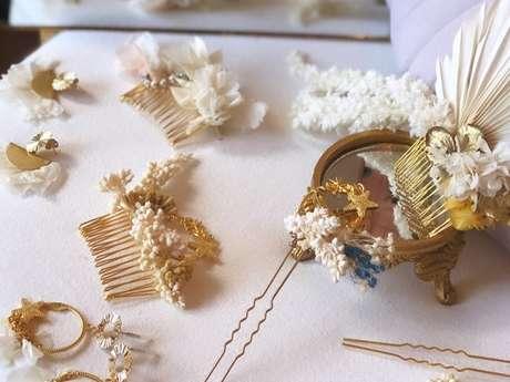 Atelier Emilie Moon : fabrication d'un peigne de fleurs