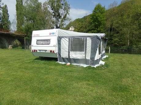 Caravane camping alpes mancelles