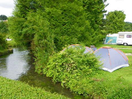 Aire de stationnement et de service du Camping La Source