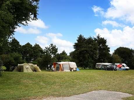 Aire naturelle de camping - La Ferme des Granges