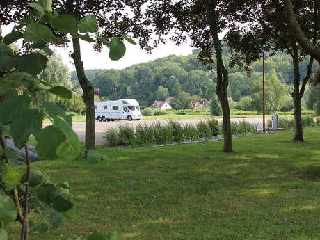 Aire de stationnement et de services du camping l'Étang à Incheville