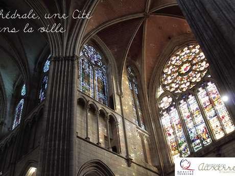 La cathédrale, une cité dans la ville