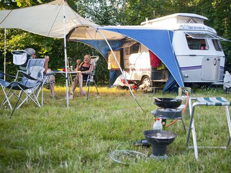Camping Huttopia Calvados - Normandie **** à Moyaux