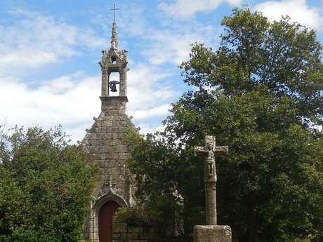 Châteaux, bois et chapelles