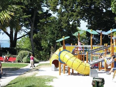 Aire de jeux au Parc Mauresque
