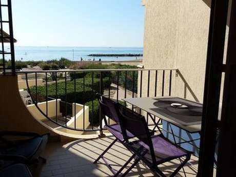 BOZE. T2 42 M². TERRASSE. ACCÈS DIRECT PLAGE. PARKING. RÉS. MARE NOSTRUM