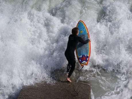 Perroz surf school