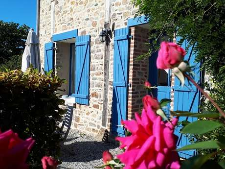 """Château Mont-Dol gîte """"Agapanthe"""""""