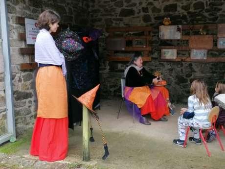 Journée contes d'Halloween aux Plomarc'h