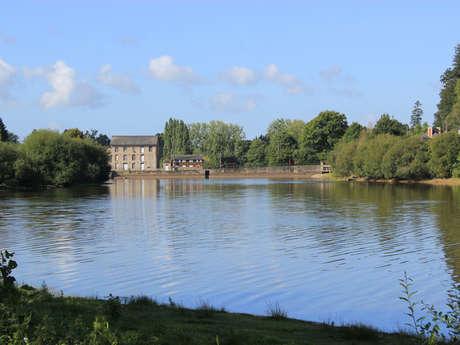 L'étang de Châtillon-en-Vendelais