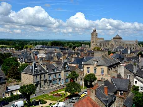 Balade urbaine : Dol La Mystérieuse