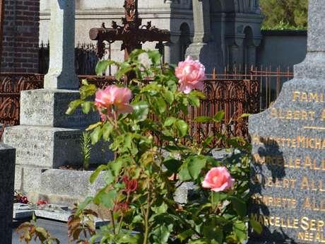 Visite guidée de Dinard : Le cimetière de Saint-Énogat