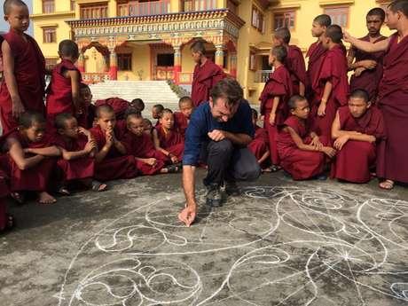 Création d'un mandala géant avec David Balade
