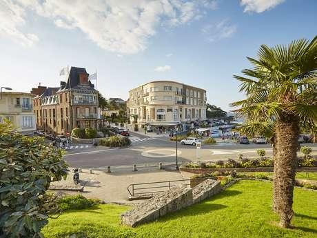 Visite guidée de Dinard : De l'auberge au palace Hôtel