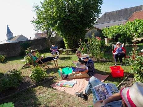 Lire dans l'herbe, la médiathèque hors les murs, ouvert à tous