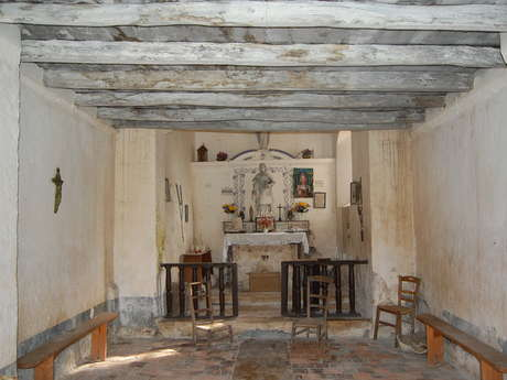 Guided tour of the chapel of Loubressac in Mazerolles