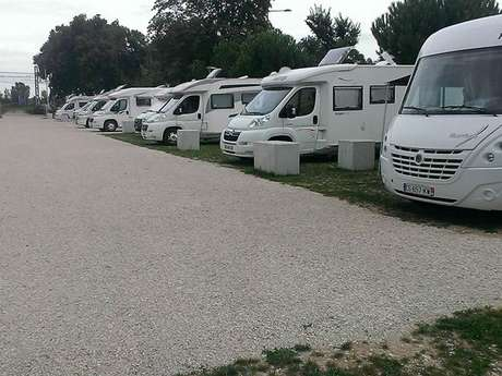 Camping-car area in Montauban - Port Canal