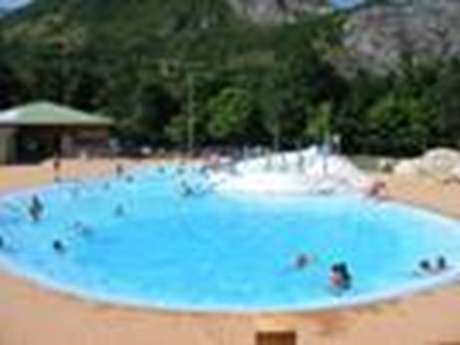 Auzat swimming pool