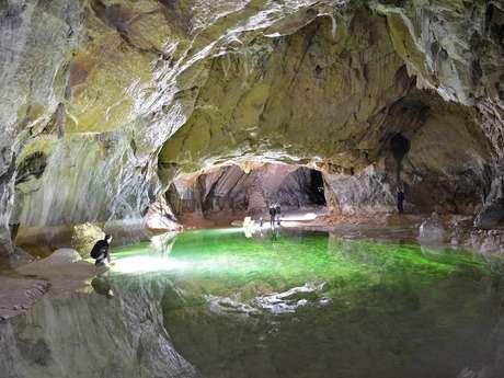 La grotte de Lombrives