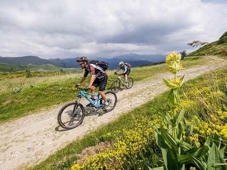 En VTT dans les Pyrénées Ariégeoises
